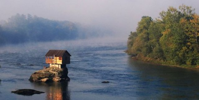 House in Drina river, Serbia