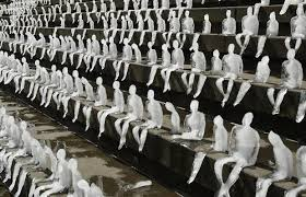 Sculptor Nele Azevedo