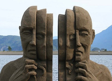 Sand sculpture (1)