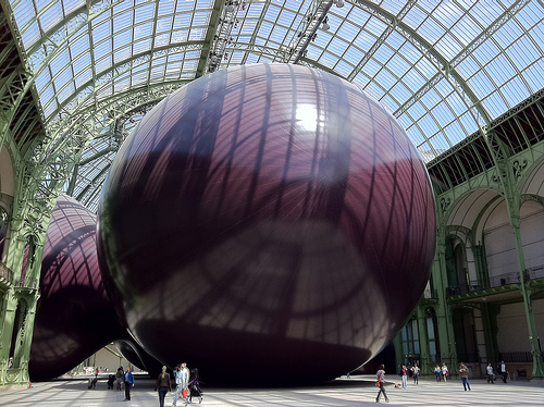 Anish Kapoor Leviathan gat Grand Palais