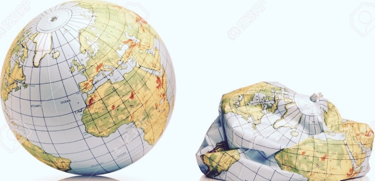 3010547-planet-earth-balloon-inflated-and-deflated-Stock-Photo (1)